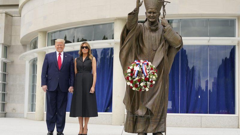 Архиепископ Вашингтона о походах Трампа по храмам: Злоупотребление и манипуляция