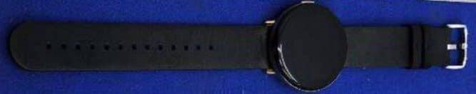 Умные часы Huami Zepp E с круглым экраном AMOLED позируют на фото