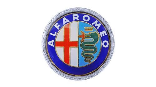 Что означает логотип Alfa Romeo и как он менялся за 110 лет истории
