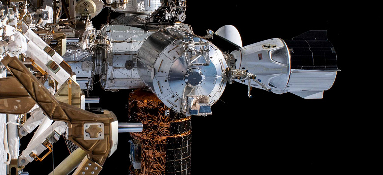 Возвращение астронавтов на космическом корабле SpaceX Crew Dragon запланировано на 2 августа