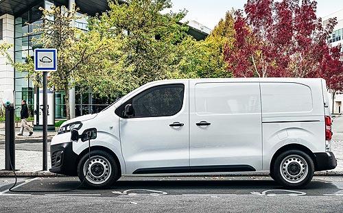 Грузы на электротяге: У каких коммерческих фургонов уже вышли электрические версии - электро