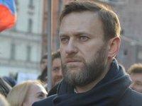 Навальный находится в реанимации в Омске без сознания, подключен к аппарату ИВЛ