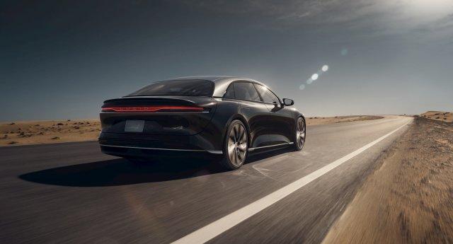 Похоже, что первый электромобиль Lucid по запасу хода заметно превзойдет машины Tesla