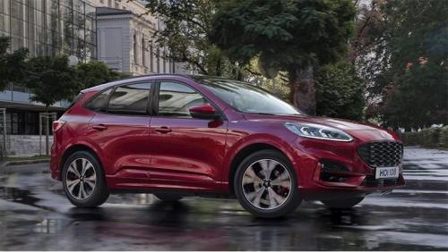 В Украине стартовали продажи новой Ford Kuga. Главные отличия новинки