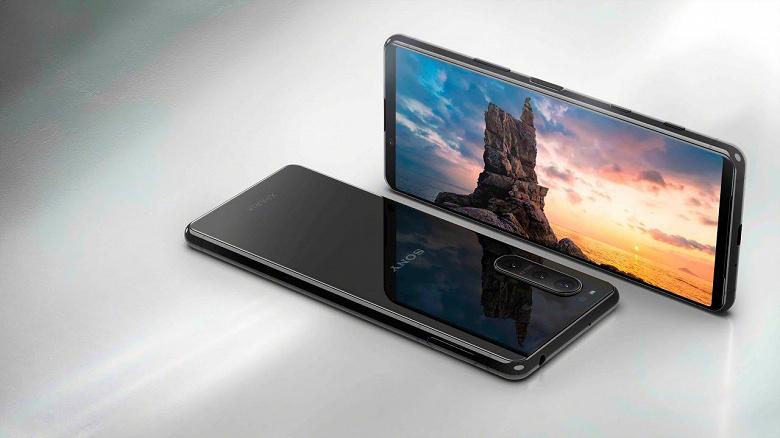 Официальный ролик показывает Sony Xperia 5 II за пару недель до анонса
