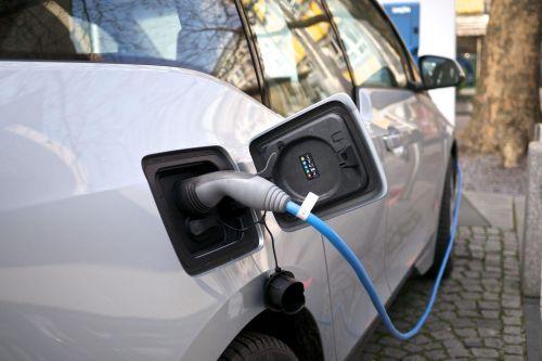 General Motors анонсирует прорыв в области батарей для электромобилей