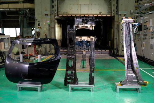 Nissan начинает производстве композитных деталей для серийных авто - Nissan