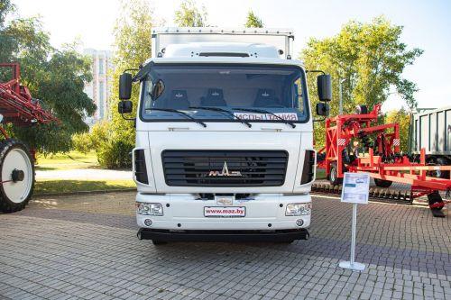 МАЗ представил электрический грузовик