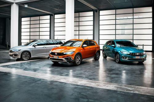 Fiat обновил семейство Tipo и добавил в него и кросс-версию - Fiat