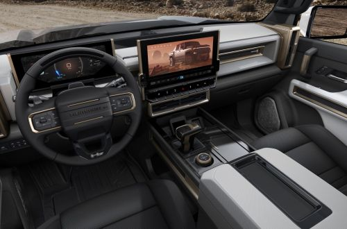 GM представила возрожденный Hummer с 3 электродвигателями мощностью 1014 л.с.