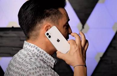 iPhone 12 mini впервые показали вживую и сравнили с iPhone 12
