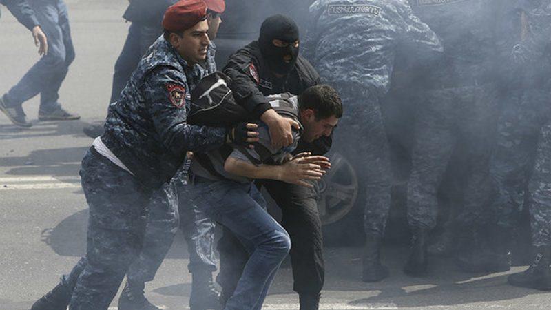 Бывший шеф спецслужб Армении обвиняется в организации беспорядков