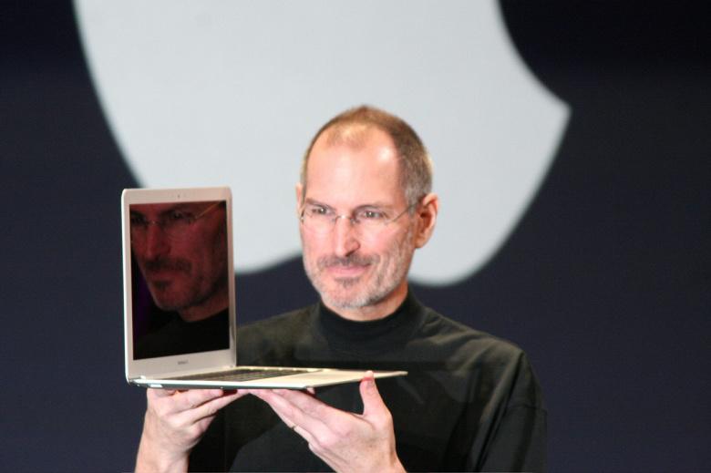 Apple исполнит мечту своих давних фанатов. В ноутбуки MacBook вернётся магнитный зарядник MagSafe