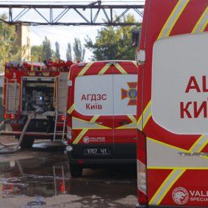 В Одессе спасатели ликвидируют пожар в трехэтажном многоквартирном доме – ГСЧС