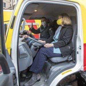 Киев получил технику для ремонта теплосетей