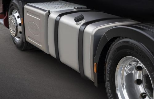 Ford Trucks представил новую модель F-MAX L с запасом хода до 5000 км без дозаправки - Ford Trucks