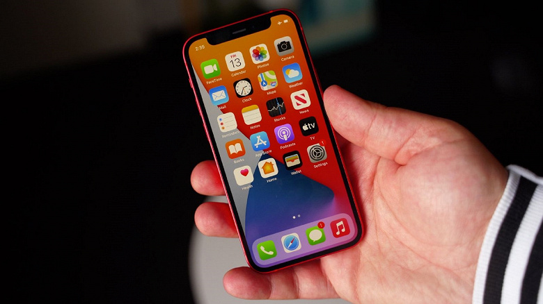 iPhone 12 mini — всё. На эту модель пришлось менее 5% продаж в январе