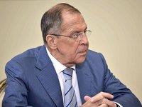 Россия должна отходить от использования доллара и международных платежных систем – Лавров
