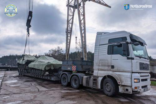 Житомирский бронетанковый завод продолжает передавать БМП-2 для ВСУ - БМП