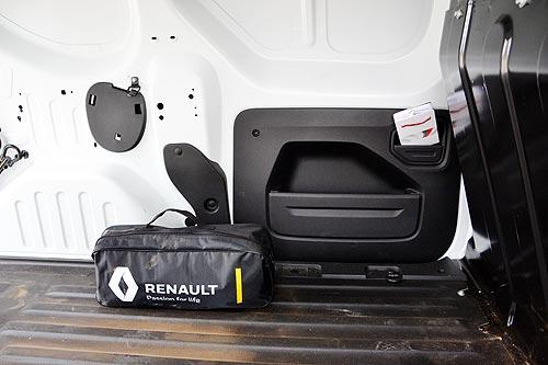 Продвинутый преемник Dokker. Тест-драйв Renault Express - Renault