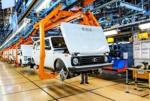 АвтоВАЗ вновь останавливает конвейер из-за нехватки комплектующих - АвтоВАЗ