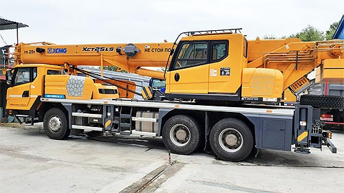 В Украине доступен 25-тонный автокран XCMG XCT25 - XCMG