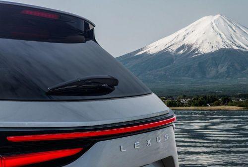 Lexus объявил дату премьеры NX нового поколения