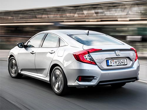 На Honda CIVIC 4D действует специальное ценовое предложение