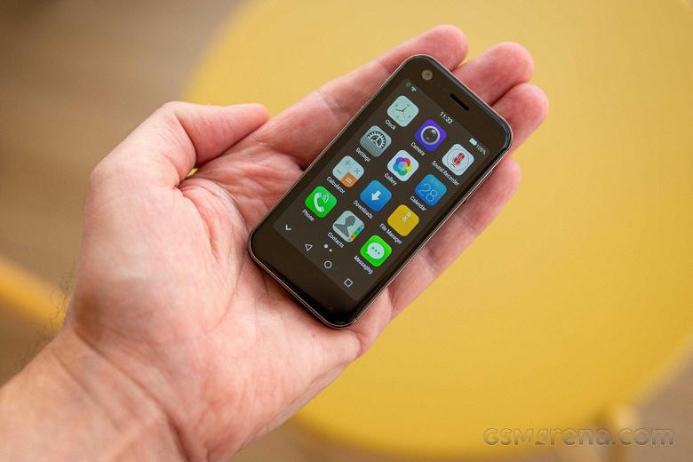 Представлен 3-дюймовый суперкомпактный смартфон Mony Mist