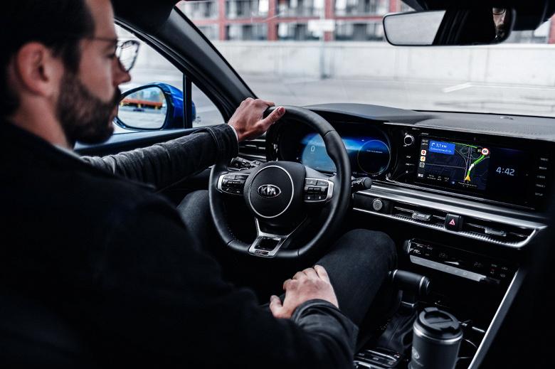 Автомобили Kia подружились с сервисами Яндекса, но не бесплатно