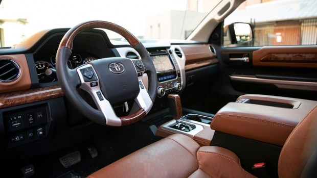 Toyota Tundra уходящего поколения