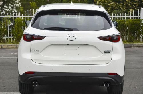 Что поменяется в рестайлинговой Mazda CX-5