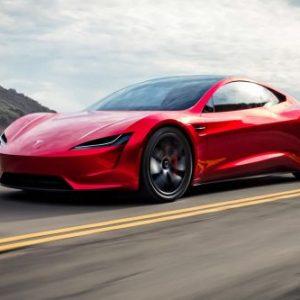Дефицит микрочипов отодвинет сроки дебюта новинок Tesla