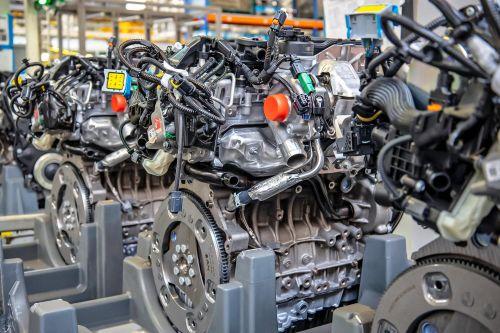 Российский завод ПСА начал экспортировать двигатели в Европу - Stellantis